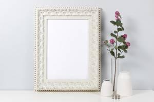 wooden-frame-mockup