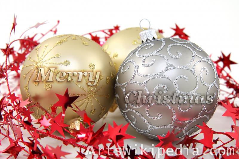 christmas balls gold and silver picture