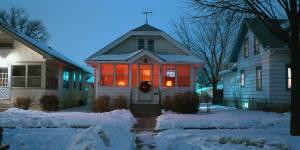 winter-way-to-house-5908e1050db97