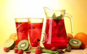 Red fruit juice image