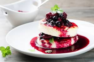 cheese-berry-cake-image