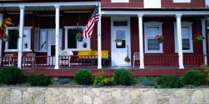 usa-outside-house-image-5908e73eb1a26