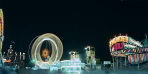 ferris-wheel-at-night-5908e73d9be32