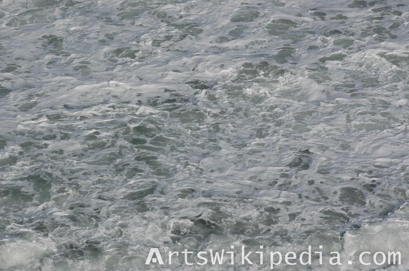 wave and foam ocean texture