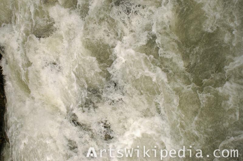river water dynamic