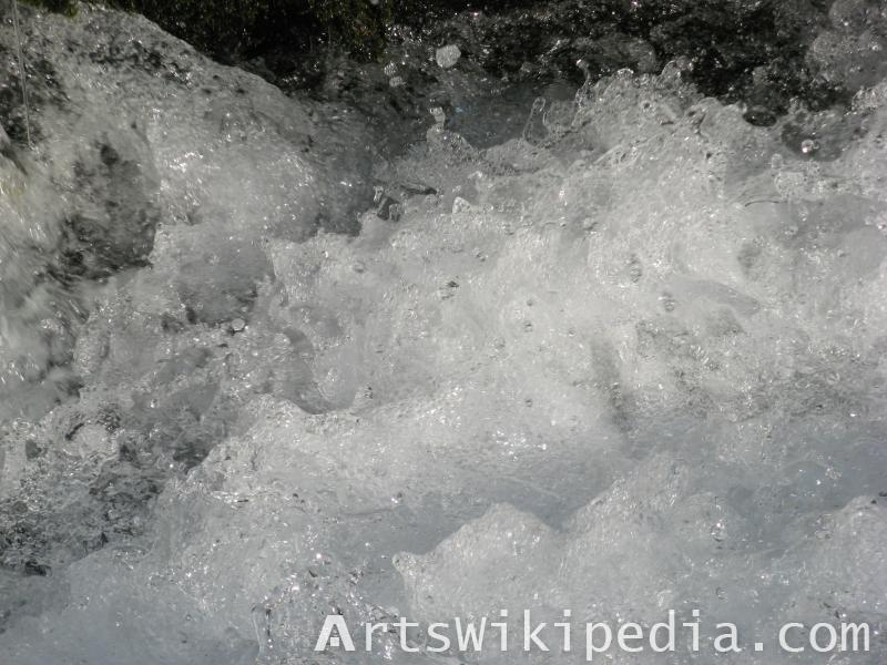 water wave image