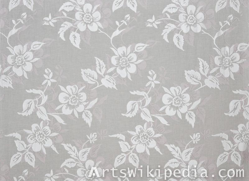 flower netted lace pattern