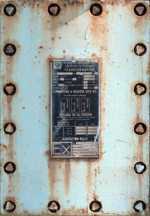 electric-metal-panel-cover-texture