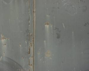 painted-metal-door-texture
