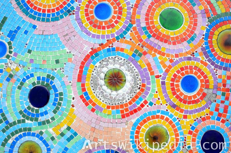 circular color mosaic